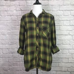 BDG UO Women's Plaid Flannel Button Up Shirt Small